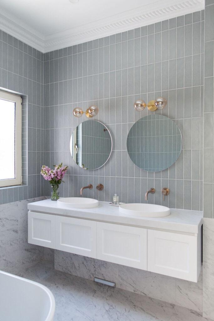 Wall hung shaker profile vanity
