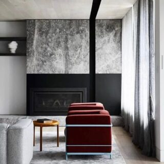 With the cooler months quickly approaching, we love a bit of fireplace inspo and this living room by @mimdesignstudio ticks all the right boxes ✅ Natural stone brings so much texture to a space and we've expanded our range to include more varieties than ever, including travertine, limestone and marble in plenty of shapes and colours (check out our stories to see some of the latest arrivals 😉).  📸 @sharyncairns